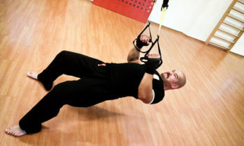 ufc workout with TRA suspension trainer