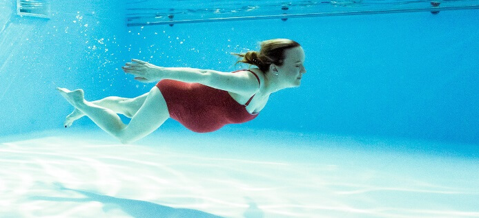 5 good and safe exercises during pregnancy for Can you swim in a pool while pregnant